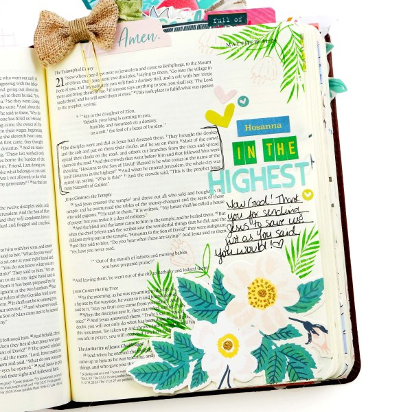 Bible journaling with Creative Retreat Kits March Faith Art Box #biblejournaling #faithart paper crafting scrapbook